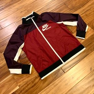 NWT NIKE Women's Archive Jacket Size: Small